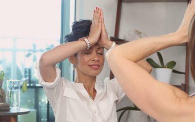 En quoi la yoga thérapie diffère t-elle d'un simple apprentissage du yoga ?